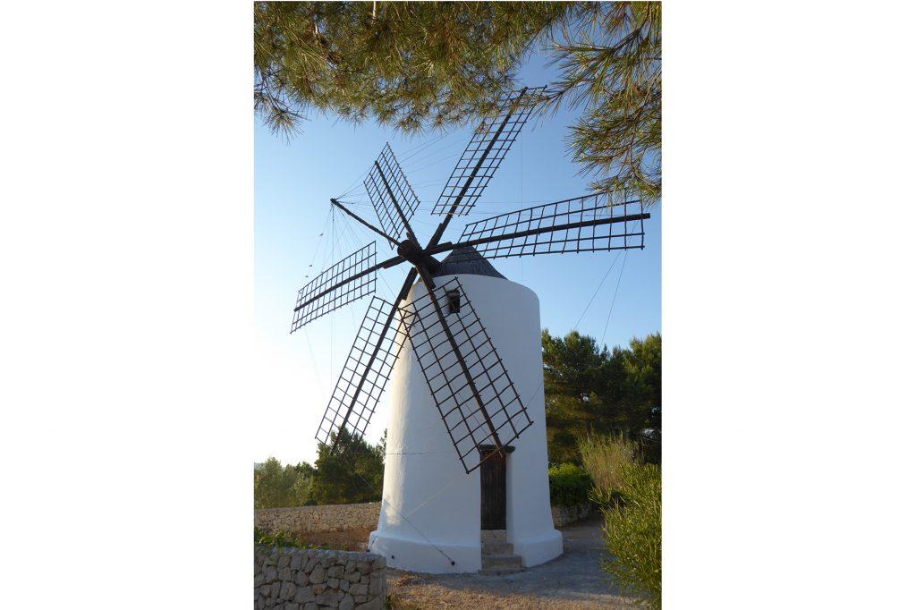 Molí fariner del Puig den Valls. Eivissa. Segle XVIII