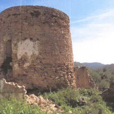 La Torre dels Llucs