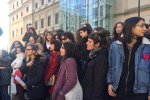 Presentació avui del Manifest a les escales del MNACRF. Madrid